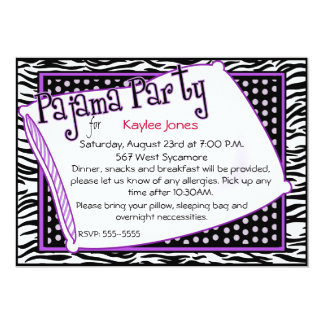 """Fiesta de pijama en negro y púrpura invitación 5"""" x 7"""""""