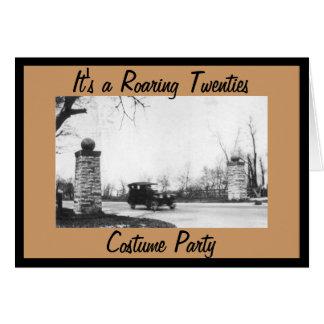 Fiesta de rugido del traje del tema de los años 20 tarjeta de felicitación