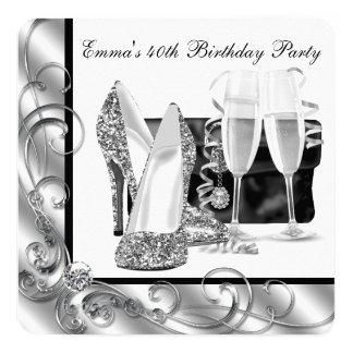 Fiesta del cumpleaños blanco y negro de la mujer invitación 13,3 cm x 13,3cm