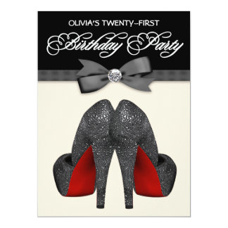 Fiesta del cumpleaños de la mujer roja y negra de invitaciones personales
