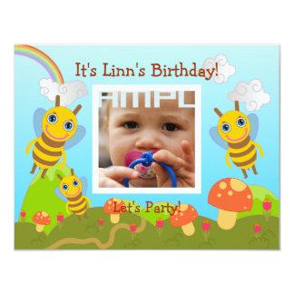 """Fiesta del feliz cumpleaños con las abejas invitación 4.25"""" x 5.5"""""""