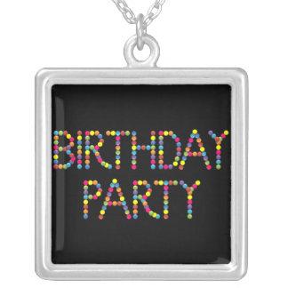 Fiesta del feliz cumpleaños del fiesta del caramel colgante cuadrado