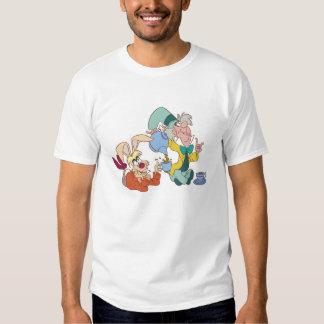 Fiesta del té con el sombrerero enojado Disney Poleras