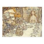 Fiesta del té enojada de los sombrereros postales