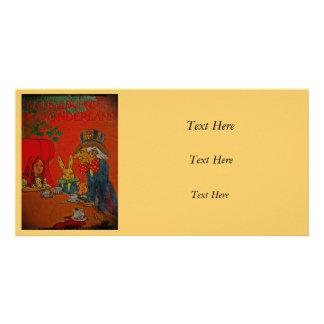 Fiesta del té enojada del sombrerero tarjeta fotografica personalizada