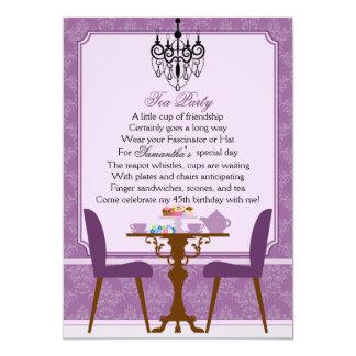 Fiesta del té púrpura del cumpleaños del damasco invitaciones personalizada