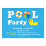 Fiesta en la piscina colorida del patio trasero de