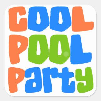 Fiesta en la piscina fresca etiquetas