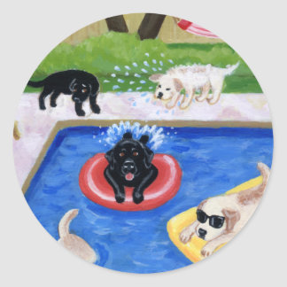 Fiesta en la piscina Labradors Etiqueta Redonda