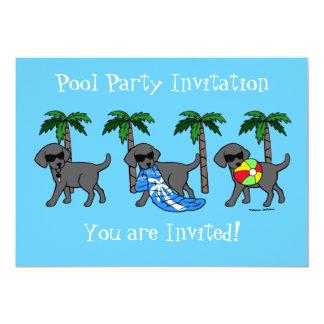 """Fiesta en la piscina negra fresca de Labradors Invitación 5"""" X 7"""""""