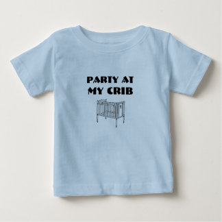 Fiesta en mi camisa del pesebre