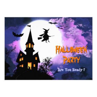 Fiesta frecuentado asustadizo de Halloween de la b
