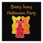 Fiesta gomoso asustadizo de Halloween del oso de B Invitación