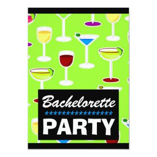 """Fiesta lindo de Bachelorette de la bebida Invitación 5"""" X 7"""""""
