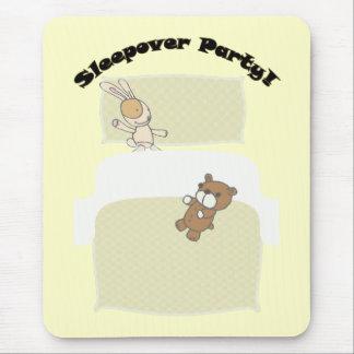 ¡Fiesta lindo del Sleepover de los peluches! Tapete De Ratones