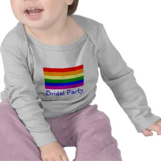 Fiesta nupcial/boda gay del arco iris camisetas