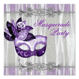 "Fiesta púrpura de la mascarada de las chispas invitación 5.25"" x 5.25"""