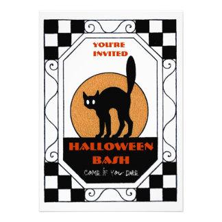 Fiesta retro de Halloween de la luna del gato negr