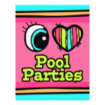 Fiestas en la piscina brillantes del amor del cora tarjeton