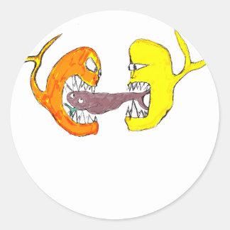 fighting fish classic round sticker