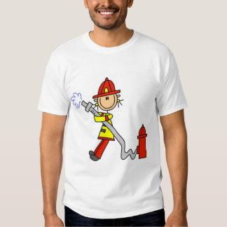 Figura bombero del palillo con la manguera playera