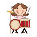 Figura chica del palillo con los tambores tarjetas postales
