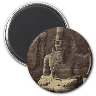Figura colosal, Abu Sunbul, Egipto circa 1856 Imán Redondo 5 Cm