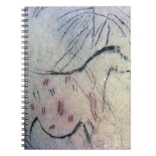 Figura de una yegua embarazada con la línea parale cuaderno