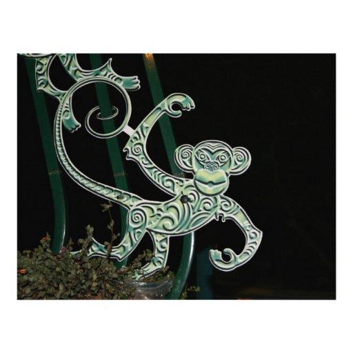 figura del hierro labrado del mono membrete a diseño