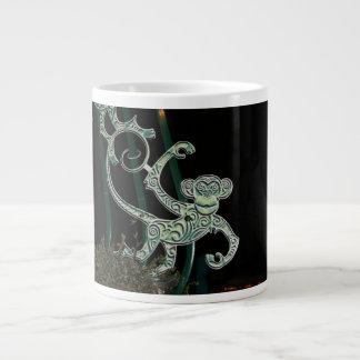 figura del hierro labrado del mono taza grande