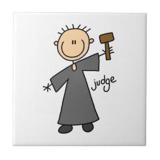 Figura del palillo del juez azulejo cuadrado pequeño