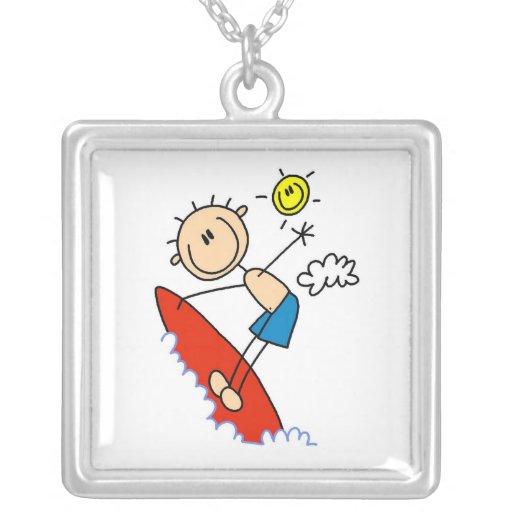 Figura del palillo del muchacho que practica surf colgante cuadrado