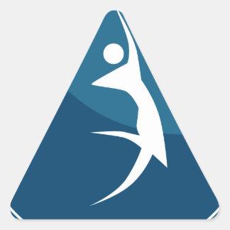 Figura icono del palillo del héroe de la acción pegatina triangular