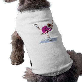 figura linda giro de la niña del patinador playera sin mangas para perro