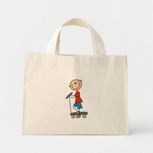 Figura muchacho del palillo en la vespa bolsa tela pequeña