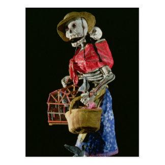 Figura para el día de los muertos postal