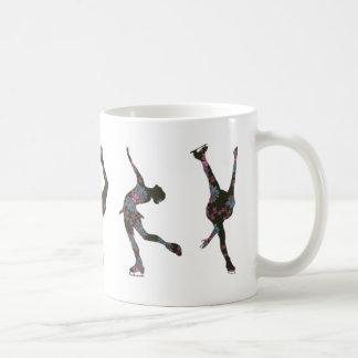 Figura patinadores, rosa, modelo gris taza básica blanca