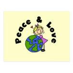 Figura paz del palillo del chica y camisetas y postal