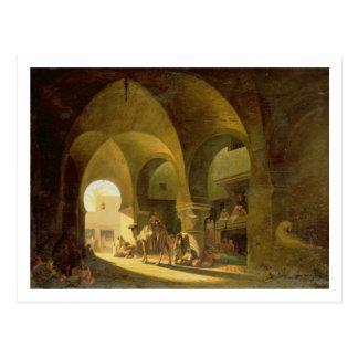 Figuras numerosas en un bazar africano del norte, postales