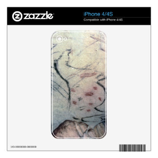 Figure of a pregnant mare with parallel line marki skin for the iPhone 4