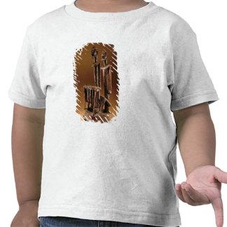 Figures with xylophone tshirt