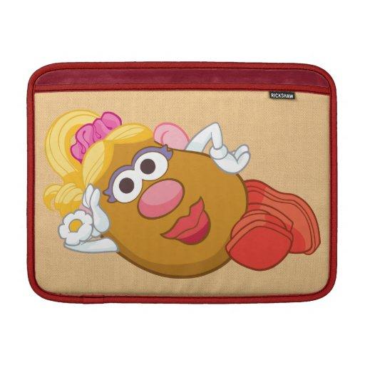 Fijación de señora Potato Head Fundas Macbook Air