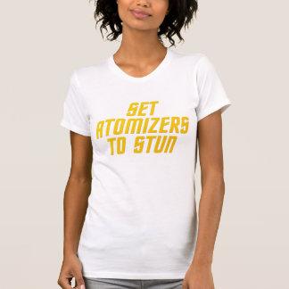 Fije los atomizadores para atontar camisetas