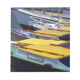 Fiji, Viti Levu, Lautoka, botes pequeños en puerto Blocs De Notas