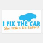 Fijo el coche que ella hace a los bebés rectangular altavoz