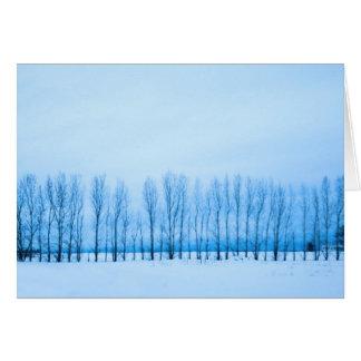 fila de árboles tarjeta de felicitación