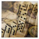 Fila de dominós en el mapa de Viejo Mundo 2 Teja