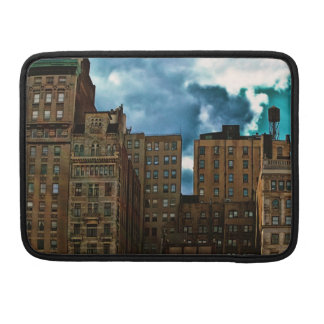 Fila de edificios en New York City Funda Para Macbook Pro