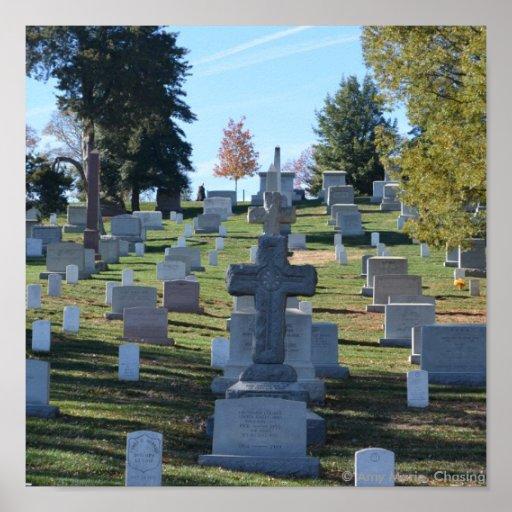 Fila de lápidas mortuorias cruzadas, Arlington Poster