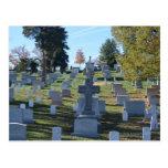 Fila de lápidas mortuorias cruzadas, Arlington Postal